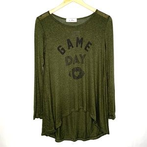 Game day graphic tunic size small
